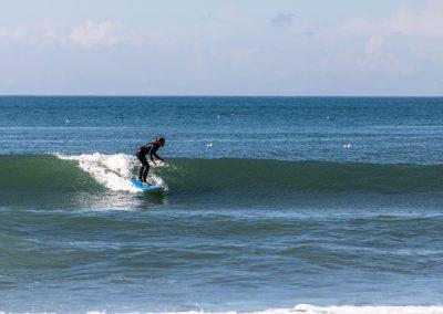 Azul surfer girl