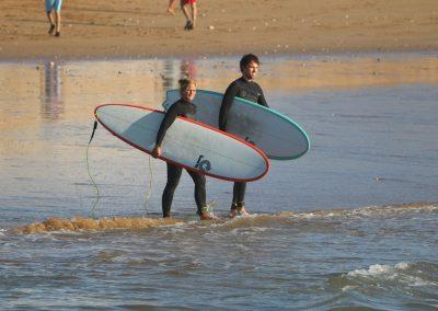 Azul surfers